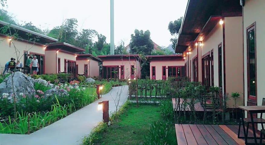 Amazing Double bed Villa in Khao Yai - TH - Villa