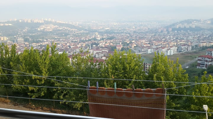 canadian host close to istanbul in izmit