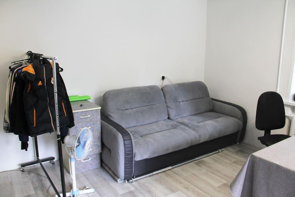 Sofa bed with the huge place to sleep. Диван-кровать с огромным спальным местом.