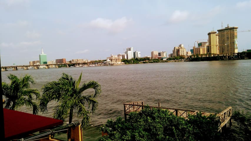 Water Front , Entire apartment,Ikoyi Lagos
