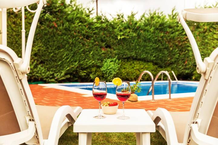 Villa con piscina e treehouse, Monopoli, 6 persone