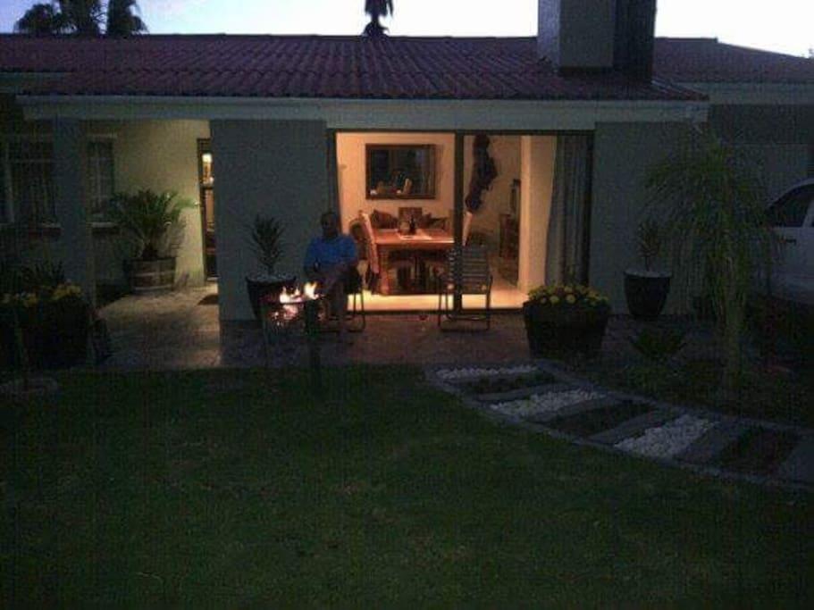 Outdoor braai for summer evenings.