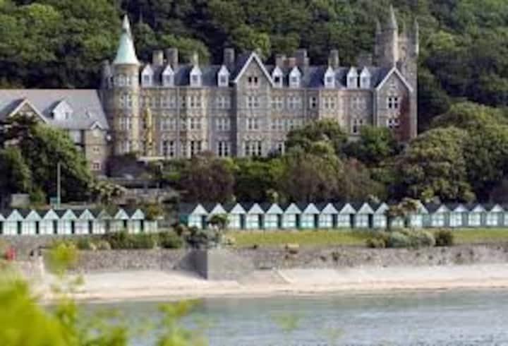 Langland Bay Manor Seaside Holiday Home