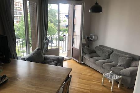Annecy : Appartement avec balcon