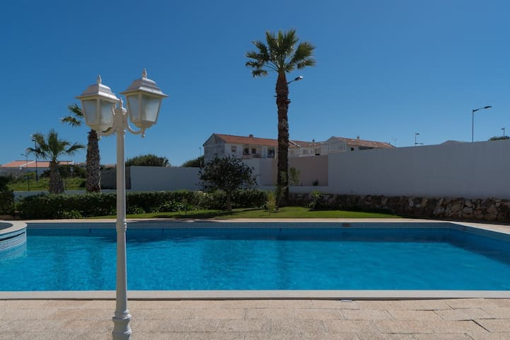 Parry 5D Studio, Sagres, Algarve
