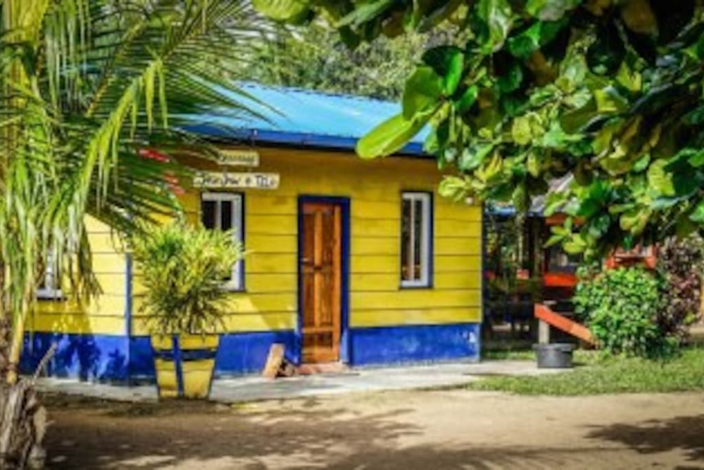 Bekende gele 'Emelina' huis