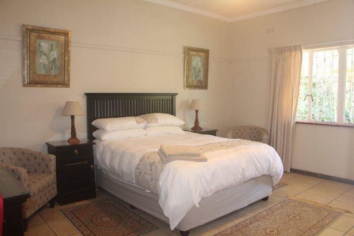 Comfortable Port Shepstone home 65 Old St Faiths