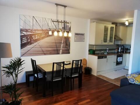 Cooles 75 m2 Appartment mit Balkon