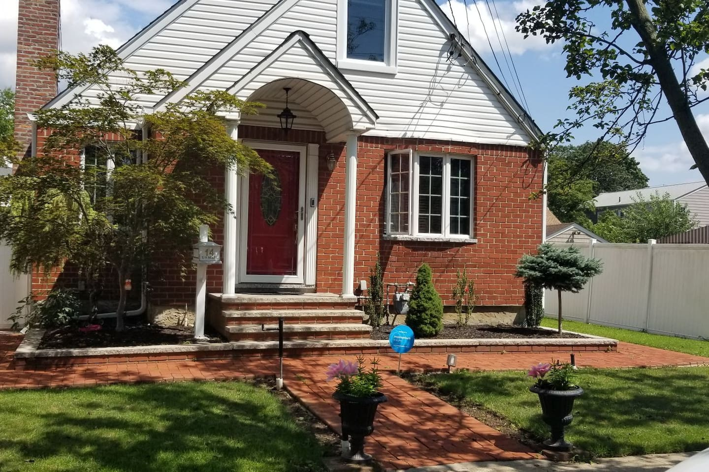 Garden City Park/New Hyde Park Apartment - Apartments for Rent in ...