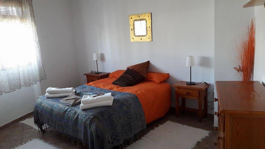 Gran habitación rústica en el barrio alfarero - Úbeda