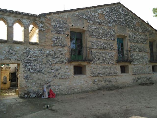 Heredad de Sta. Bárbara (Ontinyent, Valencia) - Ontinyent - Castelo
