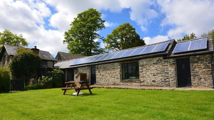 Y Beudy Holiday Cottage - Dog Friendly