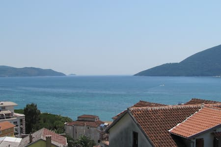 Spacious room for 2 world class travelers - Igalo, Herceg Novi