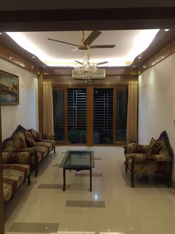 Lake side apartmet in Gulshan - Dhaka - Apartment
