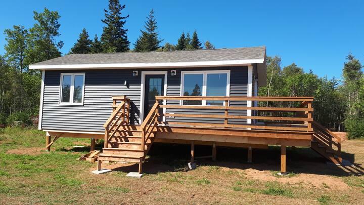 Beautiful cottage close to amazing beaches!