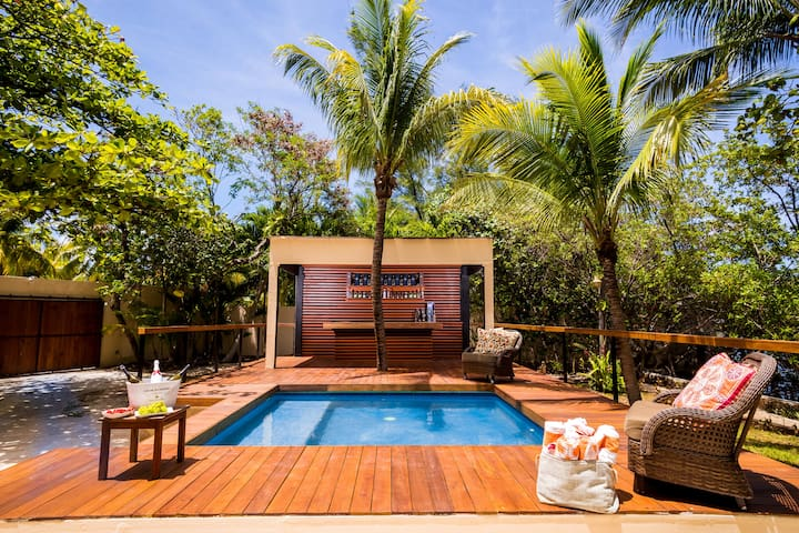 7 BR Mexican Mansion hotel zone sleeps 22