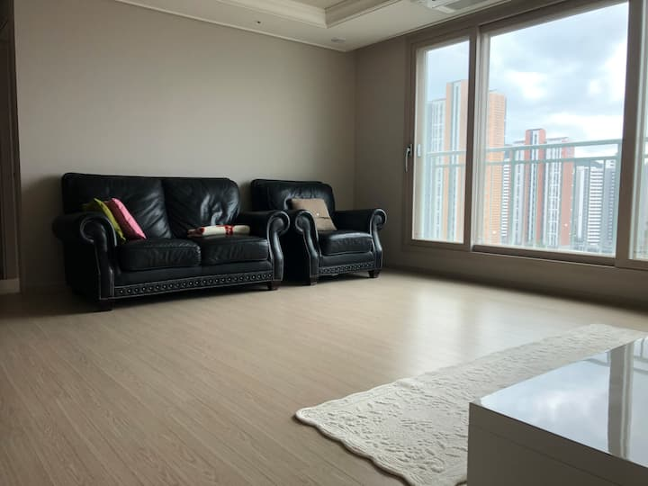 A newly built apartment, 5 min drive from Airport
