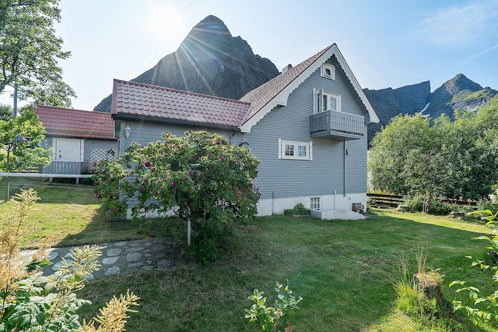 Amazing Villa in the middle of Reine!