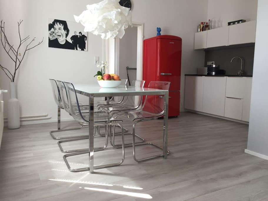 Wohn- Essbereich   Living-dining area