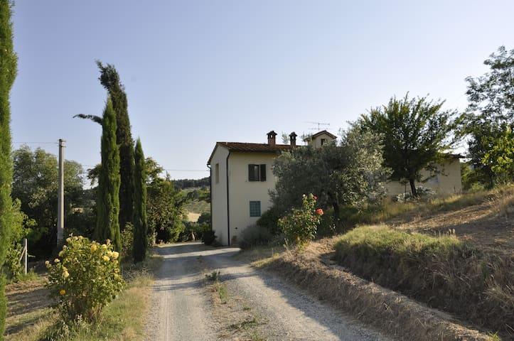 Casa sulla Francigena
