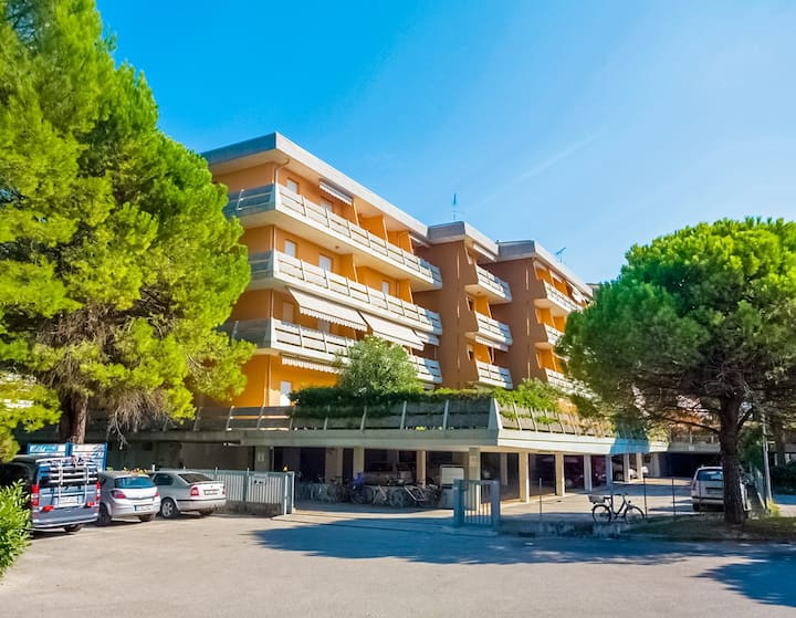 Apt for 2+3 pers - dog welcome in Bibione R56242