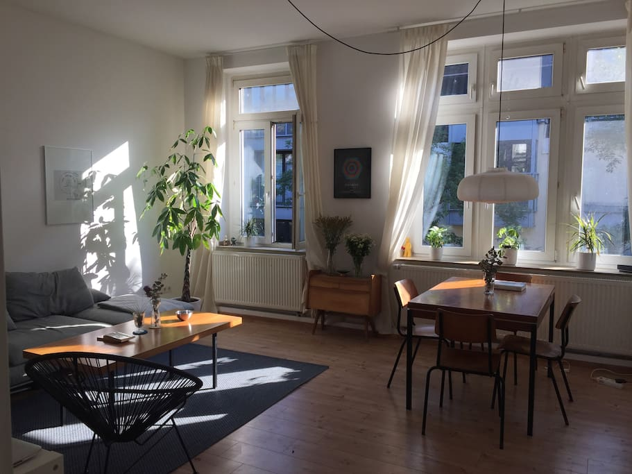 bright roomy apartment central belgisches viertel apartments for rent in k ln nrw germany. Black Bedroom Furniture Sets. Home Design Ideas