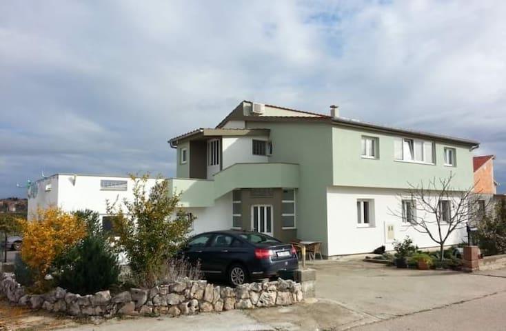 Apartmani Jelinić
