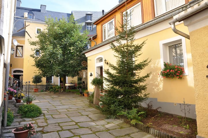 Holiday apartment in the historic centre of Annaberg-Buchholz