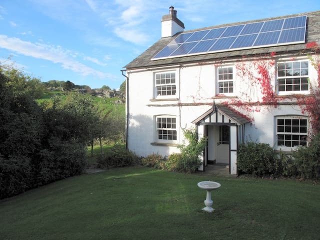 Swallow's Chase,cosy stylish self catering cottage - Crosthwaite - Hus