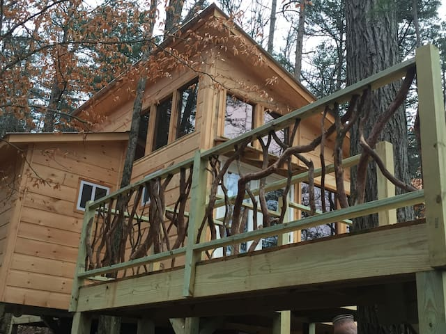 Front of treehouse