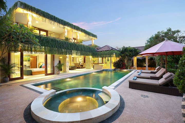 J Villa Canggu/seminyak  4 Bedroom