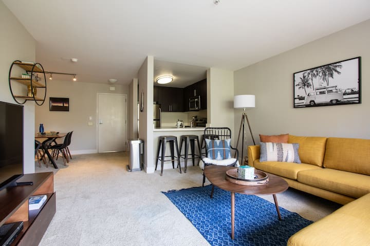 Charming 1BR in Pasadena, Gym, Pool + Parking