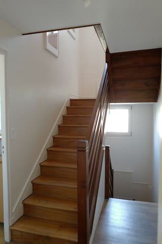 Escalier du 1er au 2ème étage