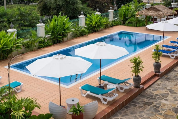 Riviera Hotel Room 3 ( Sea View)