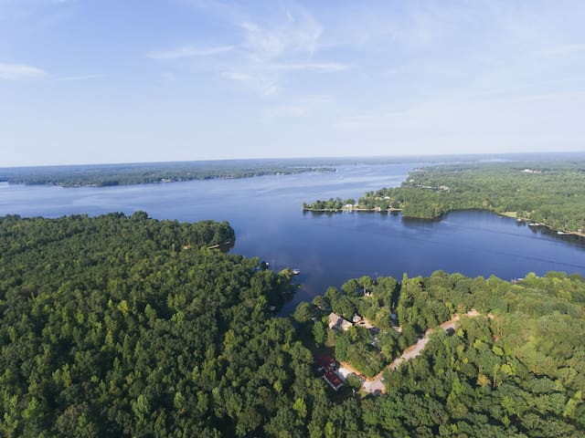 Lake Wateree Get Away! - Camden - Huis