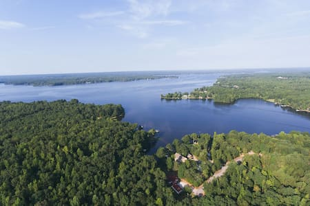 Lake Wateree Get Away! - Camden - Casa