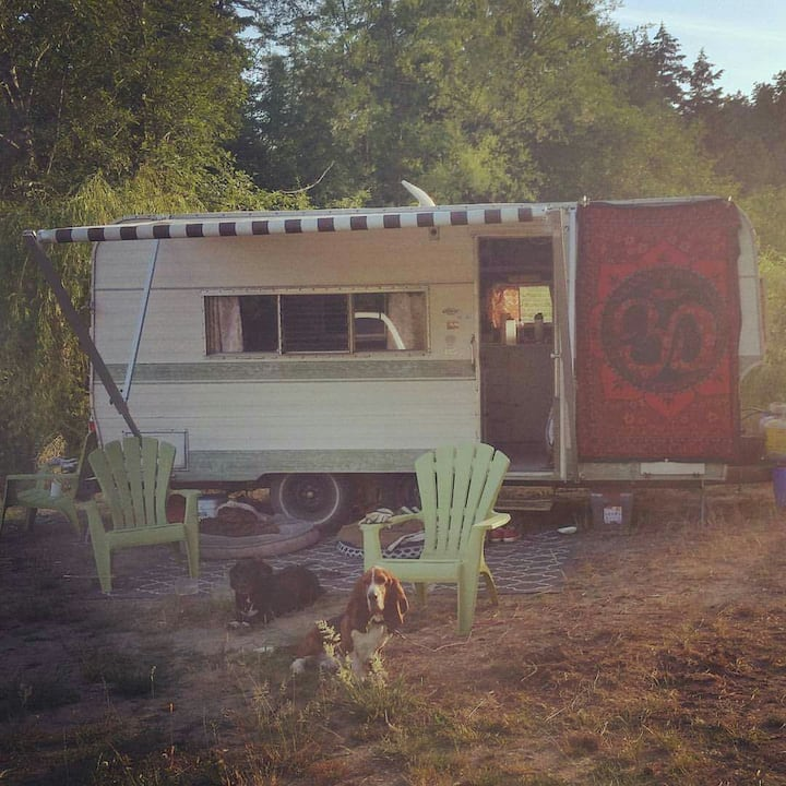 Cozy Camper Close to the Beach !Read Full Listing!