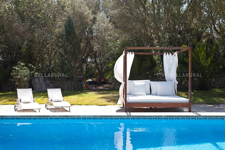 Beautifully restored house for holiday in Mallorca