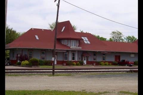 Railroad Depot Hotel