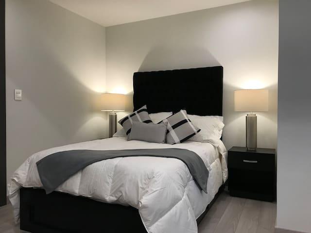 Studio 1 double bed Adamant