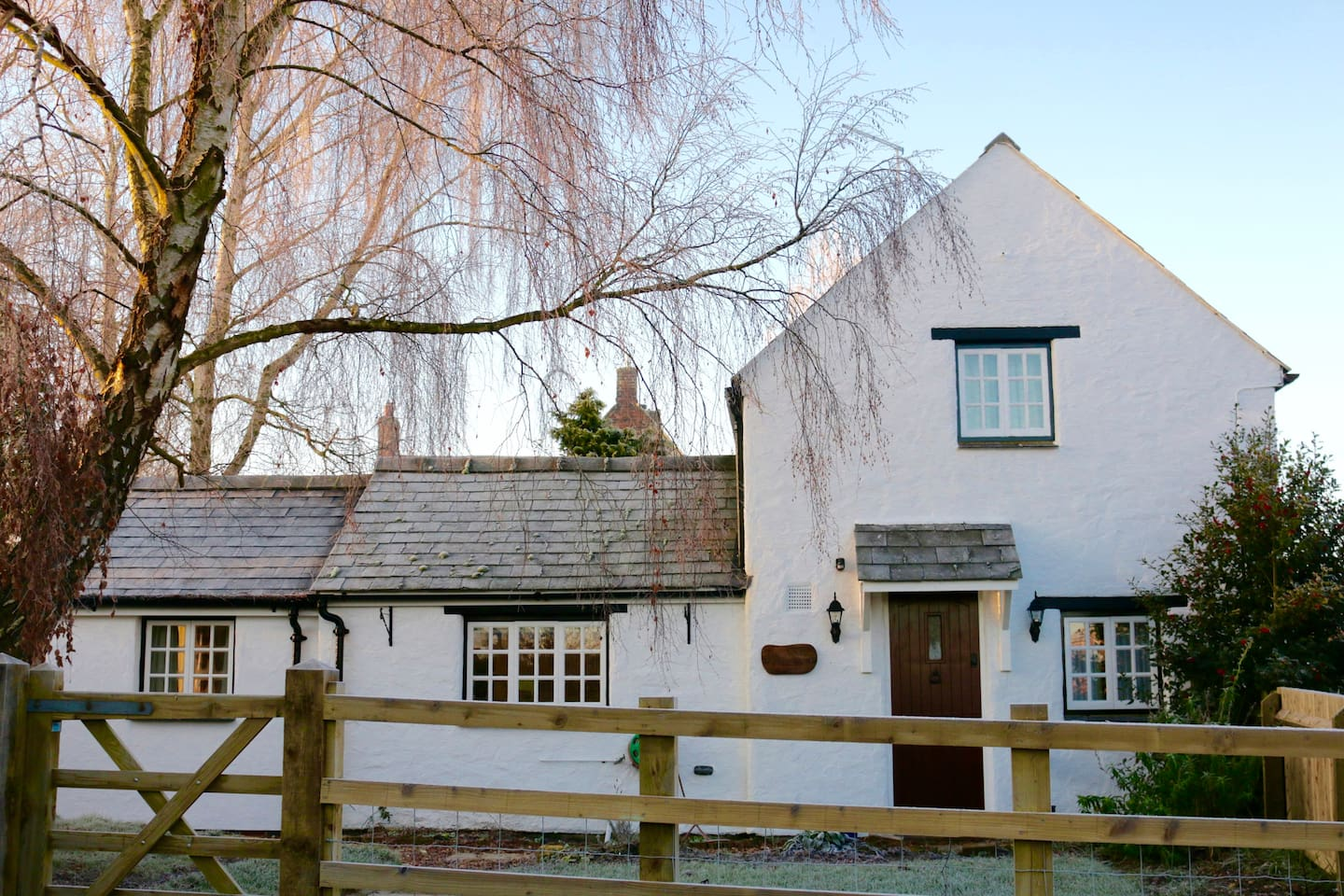 The White Cottage (view from drive)