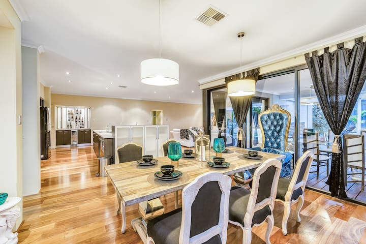 Royal Statement and Luxury in Swan Valley of Perth