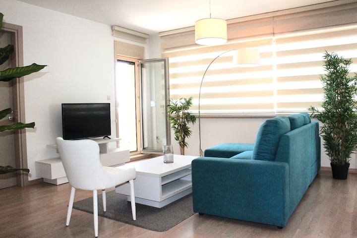 CHELSEA APARTMENT CLOSE TO BEACH AND OLD TOWN
