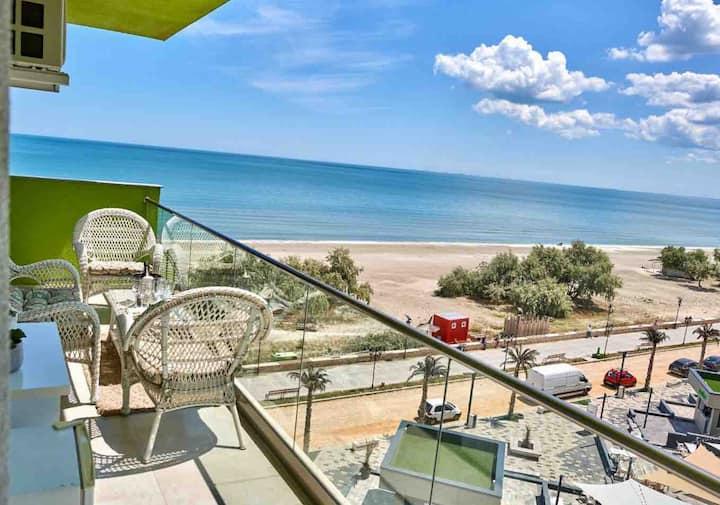 Frontal panoramic sea view apartment mamaia nord 5