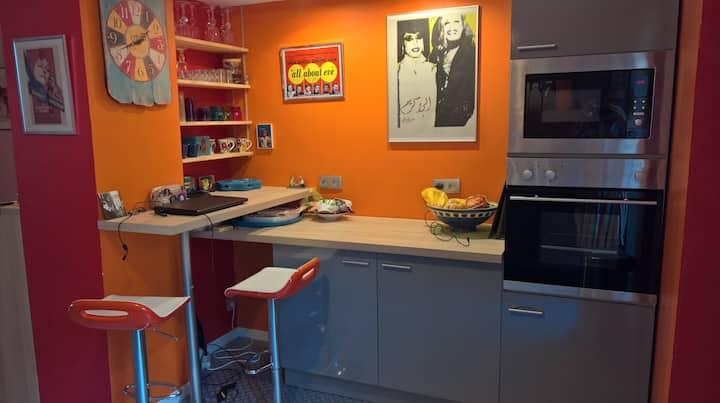 chambre chez particulier avec bureau  proche metro