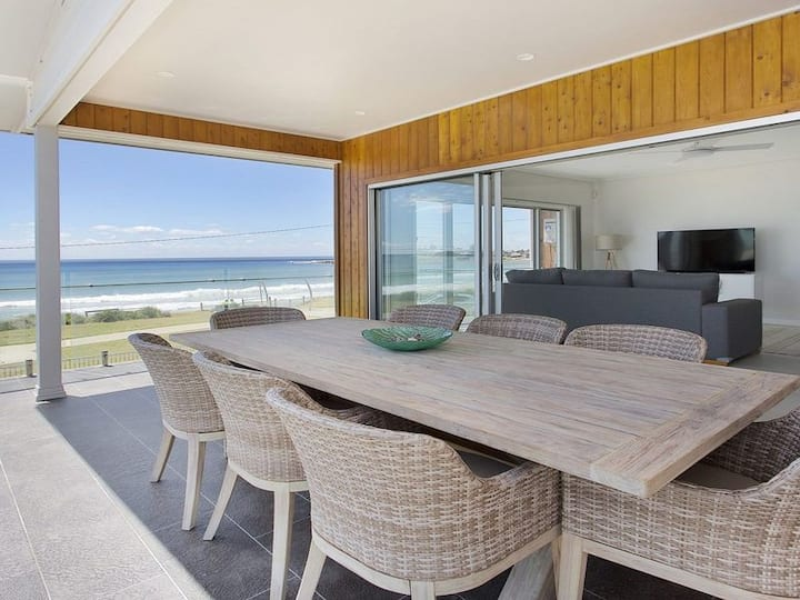 AURA - On Warilla Beach