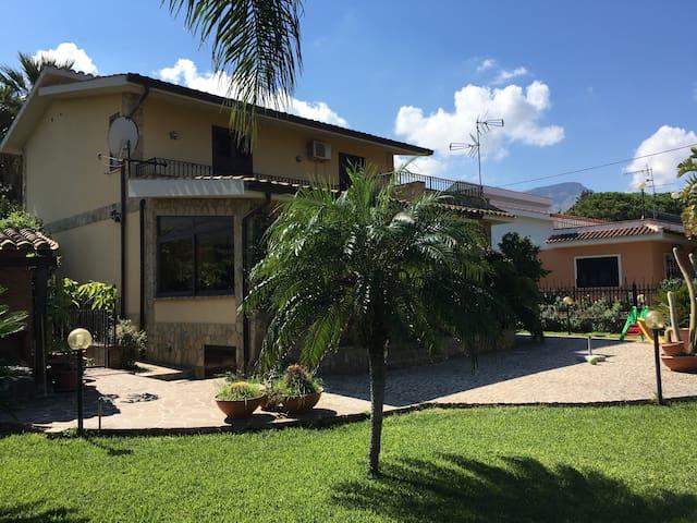 San Nicola Luxury Villa - Trabia - Vila