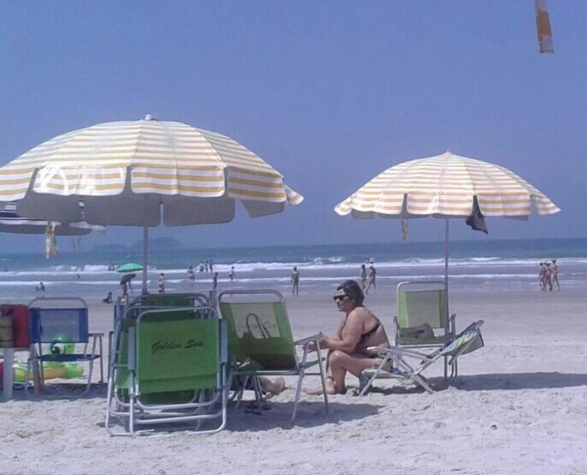 Serviço de praia oferecido.