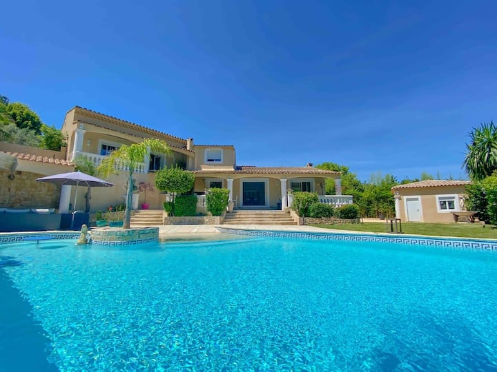 Portes de Cannes : Villa 6 chambres avec piscine