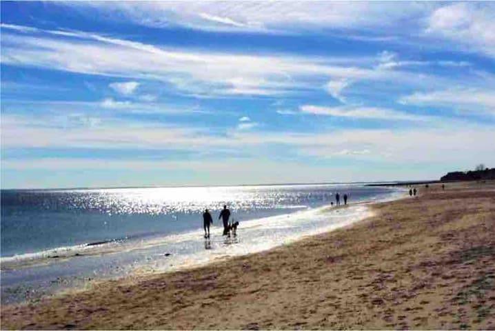 3 mins drive to Fairfield Beach, 3 bed, Sleeps 6
